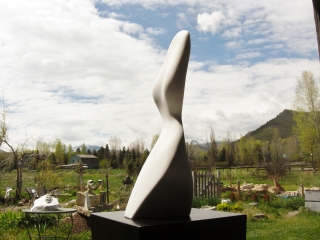 Belle, 7, Colorado Yule Marble by Martin Cooney